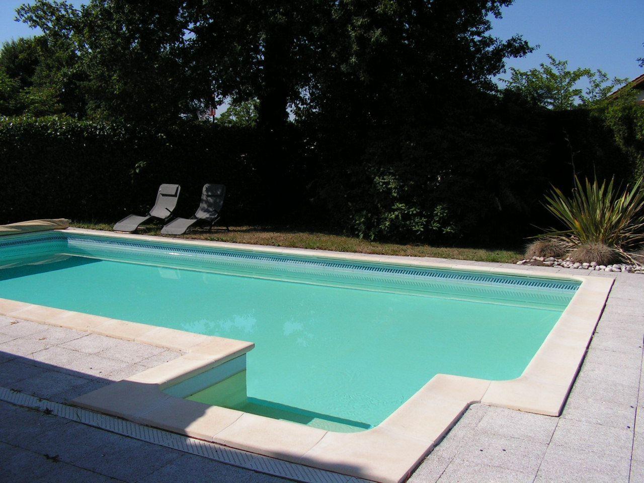 Villa en gironde 33 for Village vacances gironde avec piscine